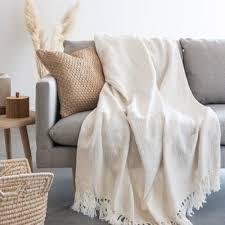 decke aus baumwolle mit fransen ecrufarben 160x210cm maisons du monde
