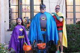Best Roseanne Halloween Episodes by Photos Abc Comedies Get Spooktacular With Special Halloween Episodes