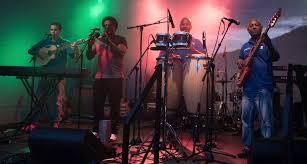 29 08 2019 los 4 live salsa das