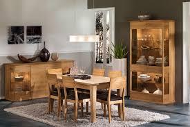modernes esszimmer mit anrichte und vitrine contemporary