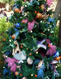 Driftwood Christmas Trees Nz by Disney Christmas Trees Gorgeous With Attitude