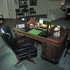 Resolute Desk Replica Plans by Oval Office History White House Museum