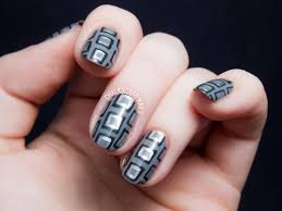 Embrace the Grey with This Geometric Necktie Patterned Nail Art