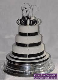 Elegant Black White Wedding Cake