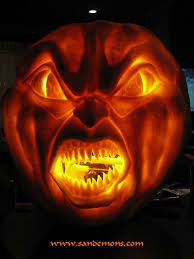 Gizmo Pumpkin Pattern Free by Some Of The Best Pumpkin Carvings I Ever Saw Scifiology Scary