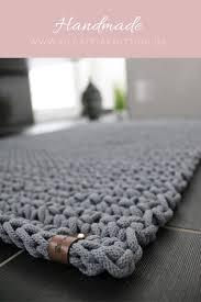 teppich gehäkelt aus der baumwollschnur teppich häkeln