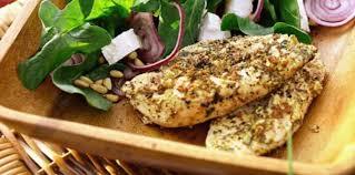 cuisiner les filets de poulet filets de poulet à la vapeur d herbes fines facile et pas cher
