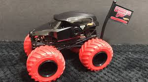 √ Doomsday Monster Truck Toy, Hot Wheels Monster Jam Iron Man ...