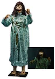 Animatronic Halloween Props Uk by The Exorcist Lifesize Regan Statue