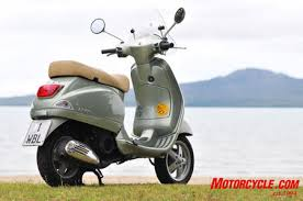 The Scooter Pictures Vespa LX150
