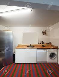 inter wohnung küche mit waschmaschine und geschirrspüler