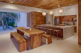 table cuisine bois exotique superbe villa contemporaine à louer avec magnifique vue sur la côte