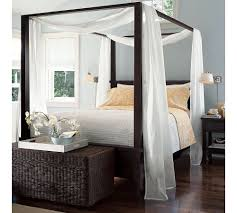 Blackout Canopy Bed Curtains by Amazing Canopy Bed Drapes With Blackout Curtains In White Curtain