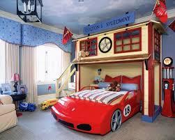 chambre enfant cars décoration chambre cars
