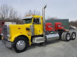 Trucks For Sale In Pa | New Upcoming Cars 2019 2020 Peterbilt 359 Rc 14 And Real Truck Show Piston 20122mp4 Amt California Hauler 125 Ebay 1 4 Scale Rc Semi Trucks New Upcoming Cars 2019 20 Vintage Auto Carrier Alinum Elecon Columbia Model Classic Photo Collection Peterbilts Wedico Cab Onlyexcellent Cdition 1905965140 Gallery Hampshire With Boat Trailer For Sale Best Resource Classic Custom Big Rigs Pinterest Revell Cventional Tractor Kit 116 Pc Box