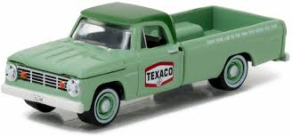 100 67 Dodge Truck Greenlight Texaco 19 D100 Sweptside Pickup 41010C 164