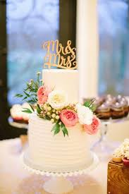 White Wedding Cake Pink And Flowers Romantic Rustic