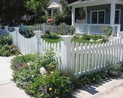 Decorative Garden Fence Posts by White Picket Fence With Decorative Corner Posts White Fencing