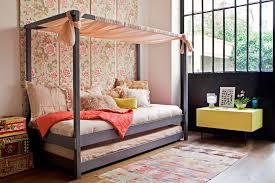 cabane chambre un lit cabane pour une chambre d enfant aventure déco