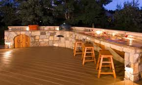 8 Outdoor Bar Ideas On A Budget
