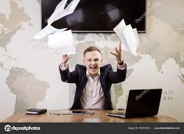 bureau homme d affaire affaires gens stress émotions et concept d échec homme d