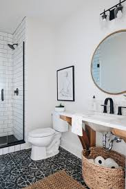 10 stylish small bathrooms with walk in showers