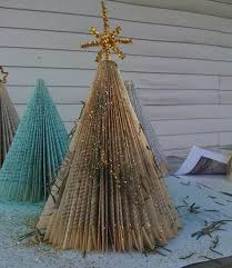 Cheap Books For Decoration by How To Turn Paperback Books Into Cheap Chic Christmas Trees