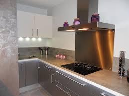 cuisine grise et plan de travail noir plan de travail cuisine noir cuisine noir laque plan de travail
