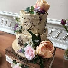 Cute Rustic Wedding Cake
