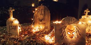 Diy Halloween Pathway Lights by 5 Scary Ways To Light Up Your Yard For Halloween