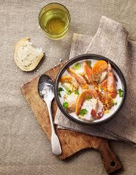 cuisine soupe de poisson soupe de poisson exotique pour 6 personnes recettes à table