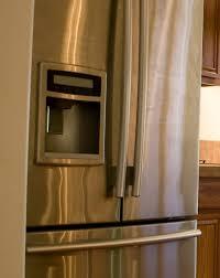 Whirlpool Refrigerator Leaking Water On Floor by Refrigerator U0027s Ice Maker Leaking Water Thriftyfun