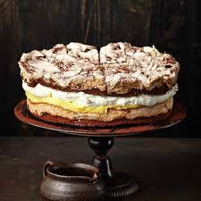 schokoladen baiser torte mit maracujacreme rezept