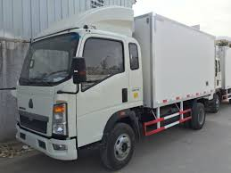 FRP Refrigerator Box Truck 5 To 13 CBM For Fresh Fish Transportation