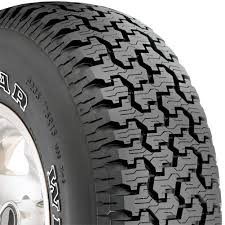 Amazon.com: Goodyear Wrangler Radial Tire - 235/75R15 105S: Goodyear ...