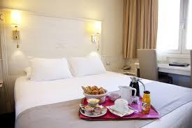 hotel avec service en chambre hotel napoleon 3 étoiles en centre ville à ajaccio corse du sud