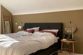 farbfreude ocker als wandfarbe in annes schlafzimmer kolorat
