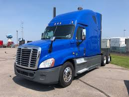 FREIGHTLINER CASCADIA SLEEPERS FOR SALE IN MN