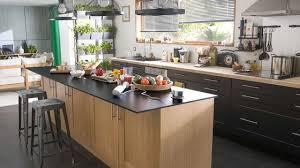 cuisine en l avec ilot central cuisine îlot central plans conseils d aménagement photos