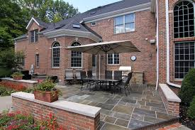 Inexpensive Patio Ideas Pictures by 1000 Images About Clever Small House Designs On Pinterest House