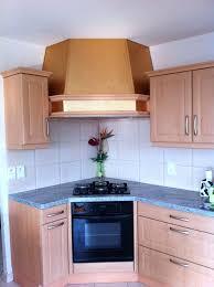 hotte de cuisine en angle habillage cuisine cheminee de photo 3 pour hotte newsindo co