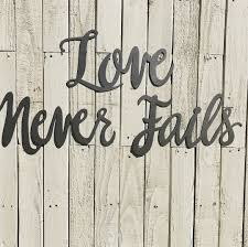 Love Never Fails Metal Word Art Farmhouse Sign Fixer Upper Style Rustic Decor Calligraphy Wedding Anniversary Bedroom
