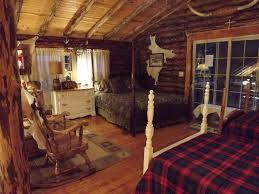 Possum Lodge Ohio Vacation Cabin Rentals in Freeport OH