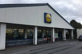 siege lidl low cost supermarket lidl to launch scottish craft gin