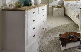 schlafzimmer im landhausstil weiß gelaugt geölt doppelbett 200x200 cm weiß gelaugt geölt