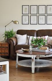 Dark Brown Couch Decorating Ideas by Best 25 Leather Sofas Ideas On Pinterest Tan Leather Couches