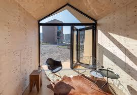 widerspruch tiny house mit glas faltwänden solarlux