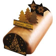 decorer une buche de noel décoration bûche de noel en chocolat à faire sapin doré cerf dellier
