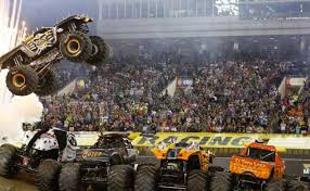 Record Breaking Stunt Attempt At Levi's Stadium | Monster Jam
