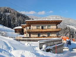 ferienwohnung geisler in kaltenbach zillertal für 8 personen österreich